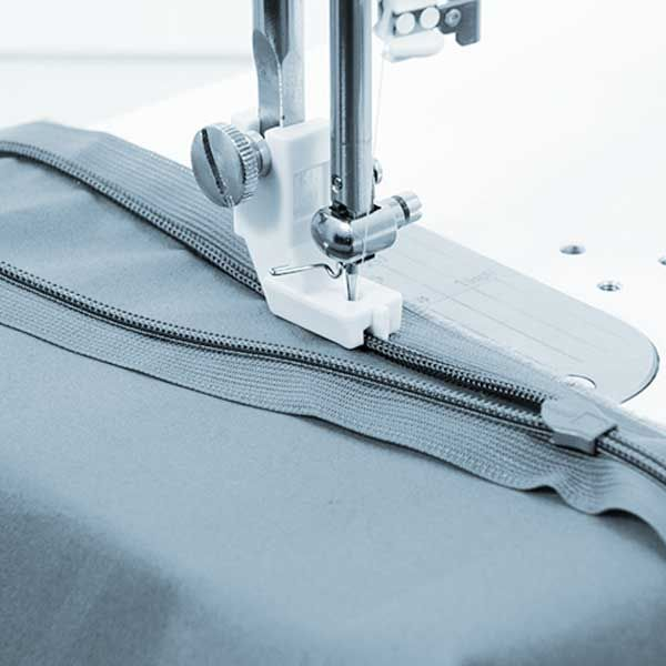 Juki nahtverdeckter Reissverschlussfuss Kunststoff TL-2200